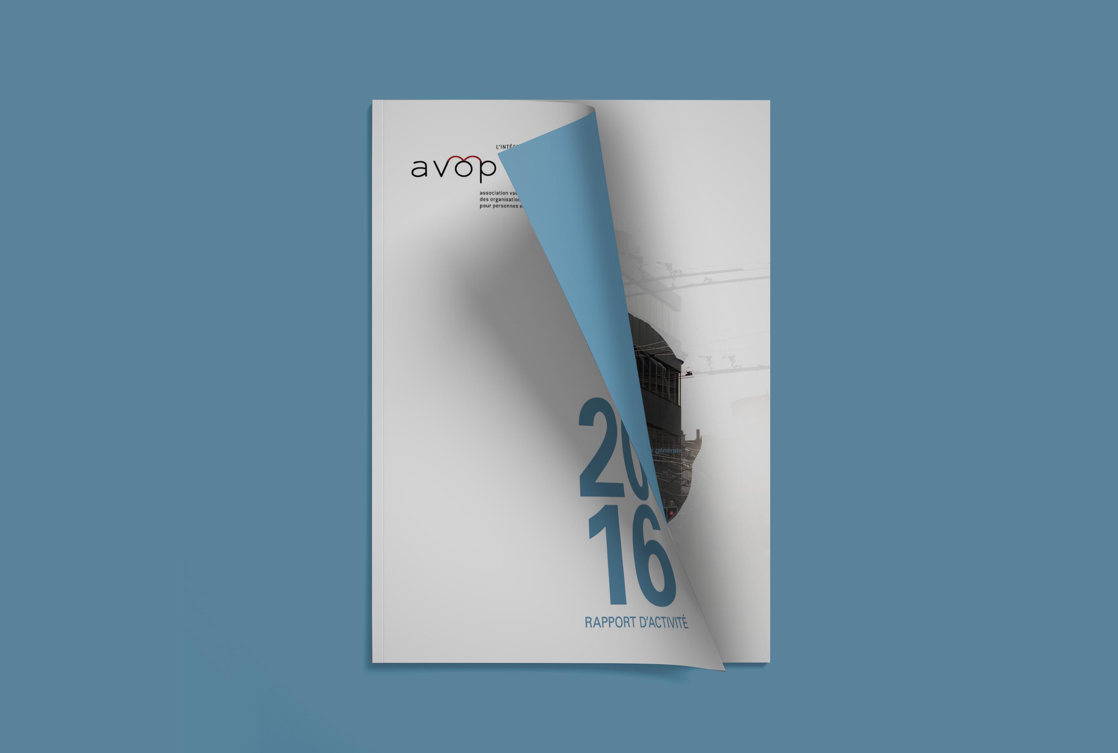 Rapport de l'avop avec un fond bleu, page de couverture