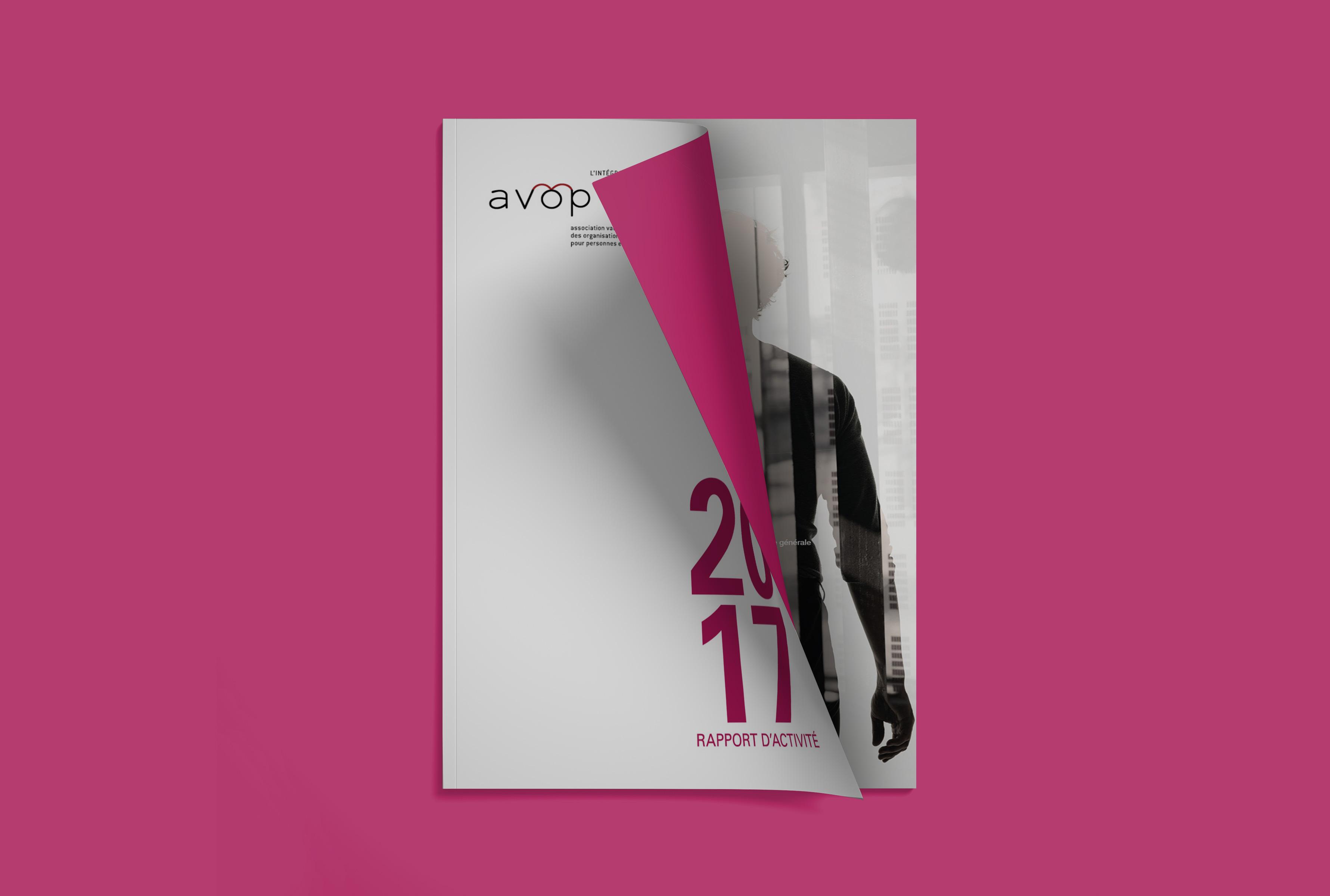 Rapport de l'avop avec un fond rose, page de couverture