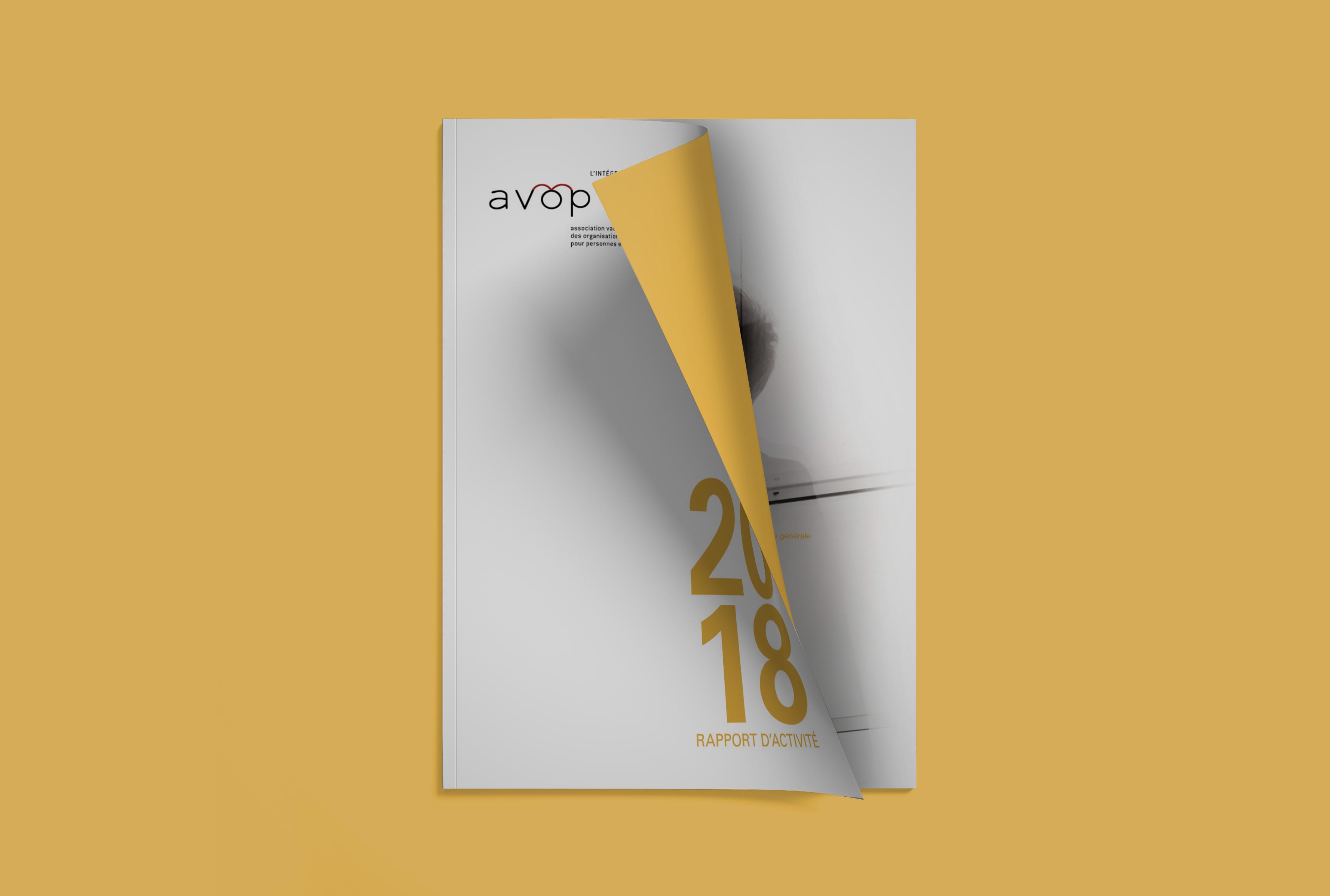 Rapport de l'avop avec un fond jaune, page de couverture